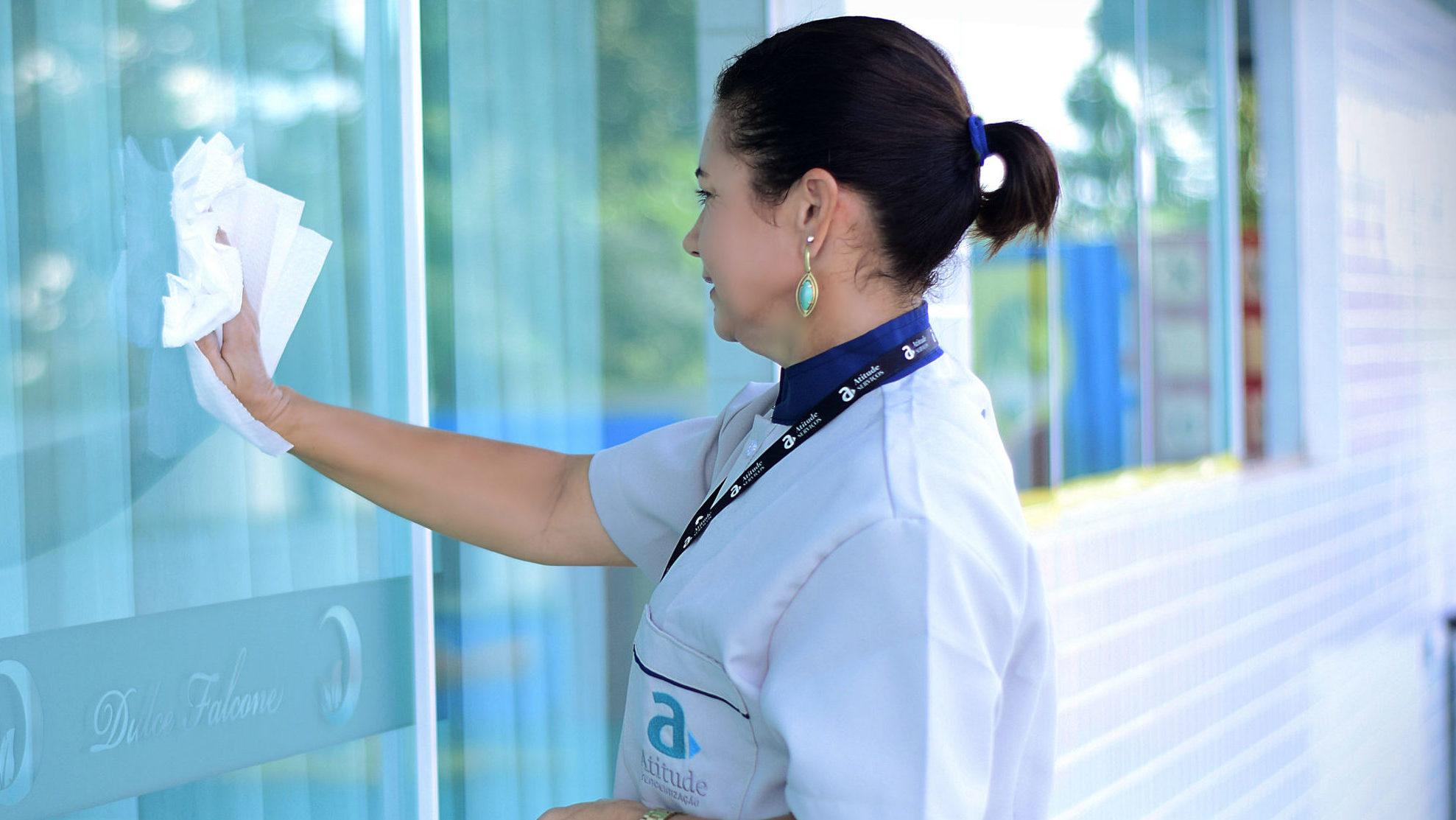 Limpeza eficiente pode reduzir em até 30% de despesas de condomínios